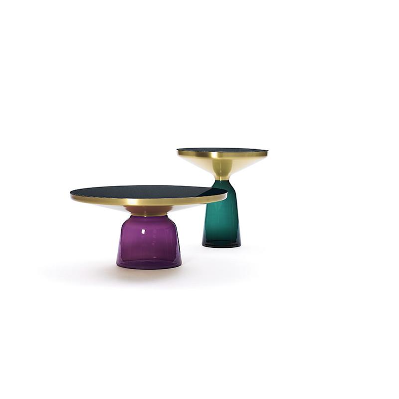 Coffee table Bell, várias cores, pelo designer Sebastian Herkner, a partir de 1800€, www.sebastianherkner.com