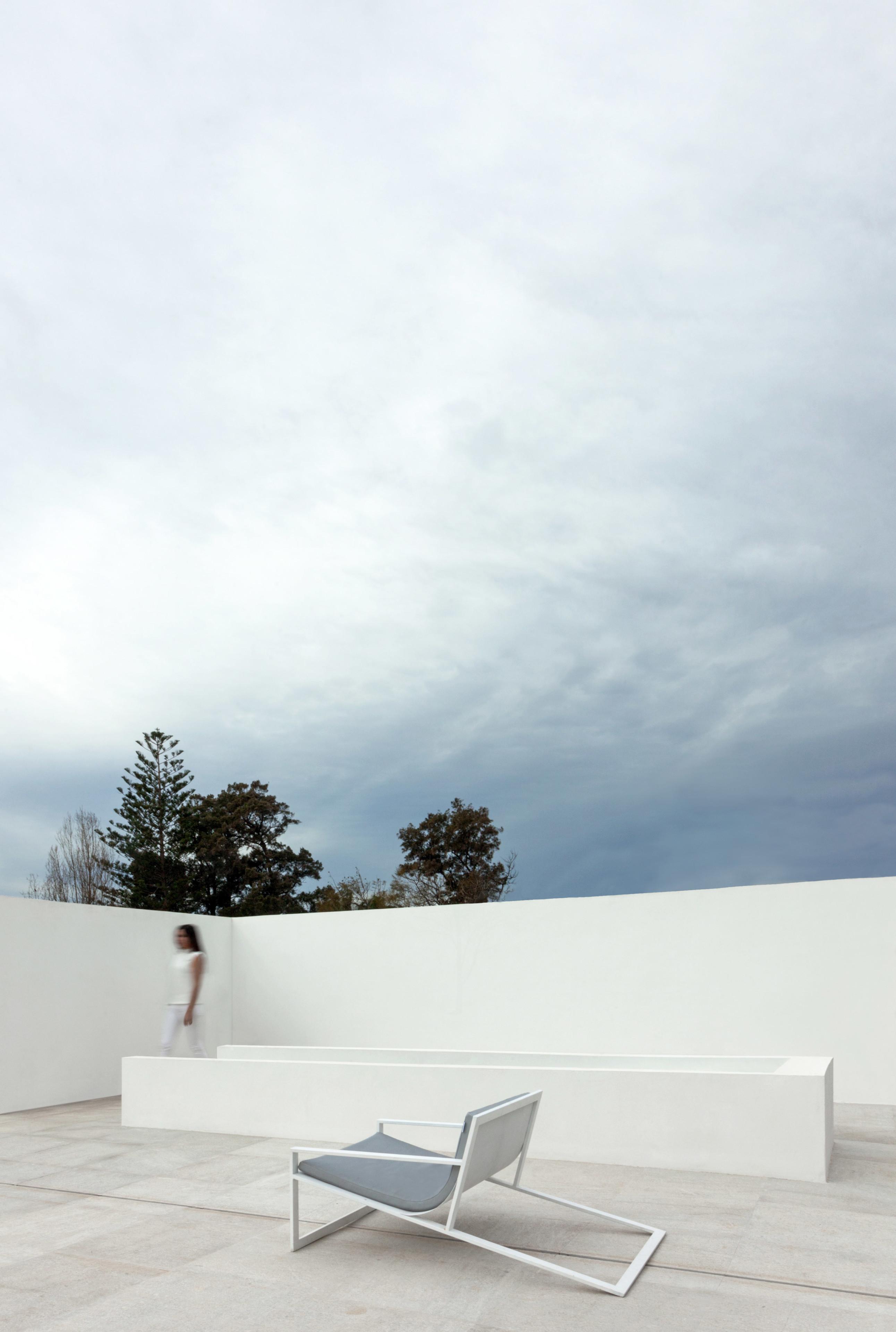 GANDIABLASCO_Blau_Breeze House (2)